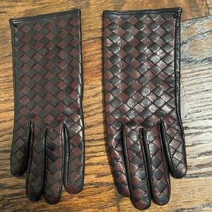 Neiman Marcus leather gloves
